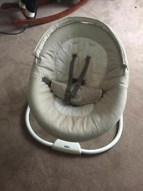 Baby Graco snuggle swing - benny and bell
