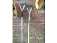 2 STAINLESS STEEL GARDEN HOES