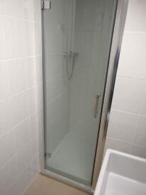 700mm Hinged Shower Door