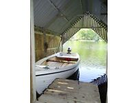 Fishing/rowing Boat with Outboard
