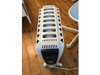 De'Longhi Dragon 4 Oil Filled Radiator - White