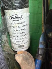 Galvanised chicken wire 50m plus extra 1/4 roll.
