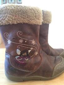 Girls Clarks Brown boots 7F jr