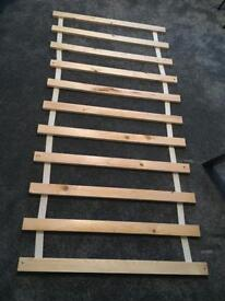 Wooden single bed slats £10
