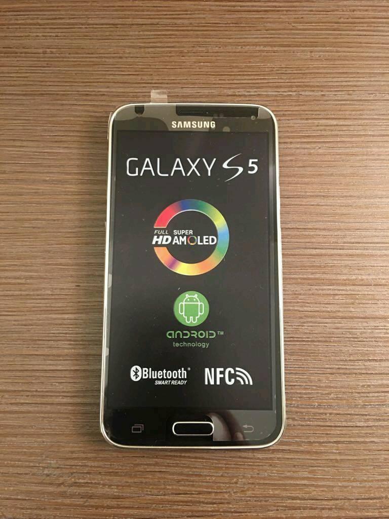 Brand New Samsung Galaxy S5 (16GB) Gift /