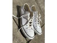 All star - trainers - converse size 8