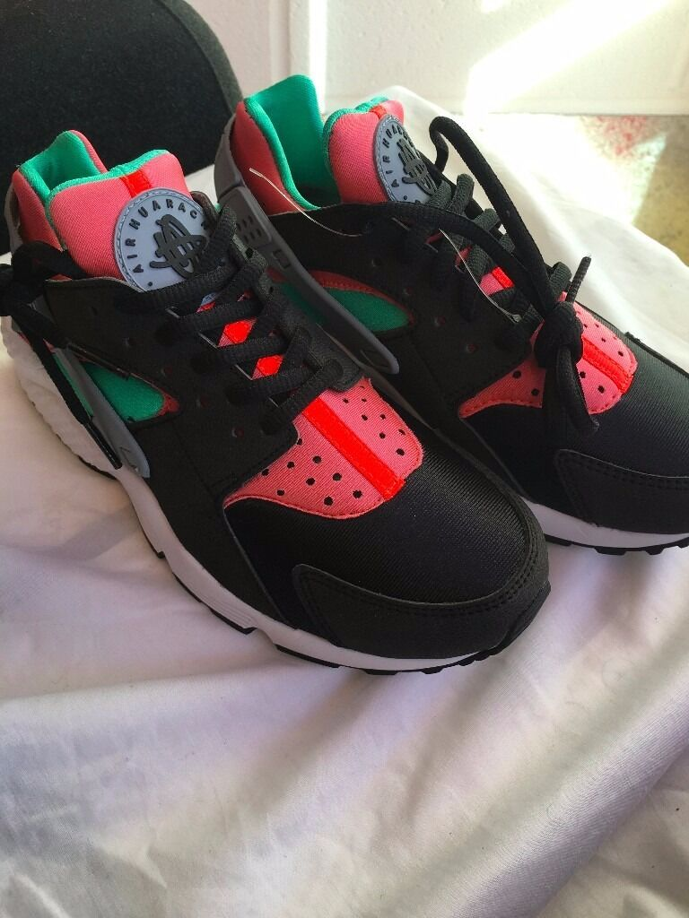 "NIKE WOMENS HUARACHE ""YEEZY"" UK3.5"