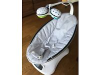 4Moms 2015 MamaRoo Baby Rocker Classic Grey with reversible newborn insert - Excellent condition