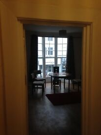 One Bedroom flat centrel Westren Rd Hove to let