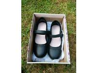 Girl's school shoes size 9