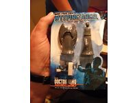 Doctor Who Adventures Make Your Own Weeping Angel Toy