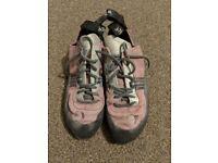 Boreal Luna Women's Climbing shoes. Size 6.