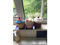 3x cupcake storage