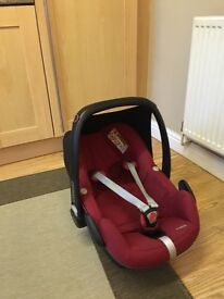 Maxi Cosi 1st stage car seat (red)