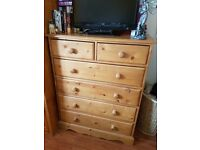 1 solid wood chest of drawers