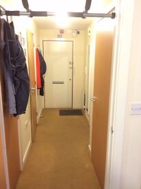 Bright and Airy 6th Floor Apartment in Central Harrow