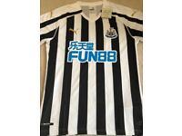 Newcastle United shirts 18/19
