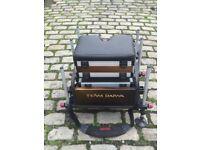 Daiwa 200sb fishing/match seatbox