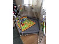 Baby park safety gate, Baby Den