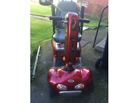 Shoprider Delux TE888SL 4 & 8 mph Mobility Scooter in as new condition