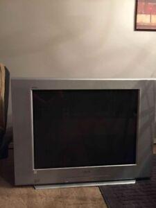 """Sony 32"""" Tv"""