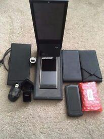 Vertu Aster Onyx Calf Mobile phone