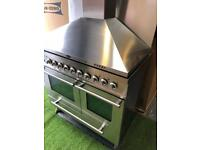 Lovely Britannia range cooker double oven with extractor and splashback
