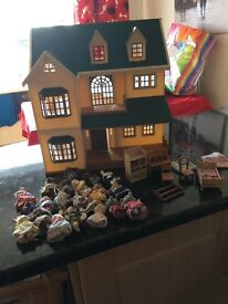 Sylvanian House and figures