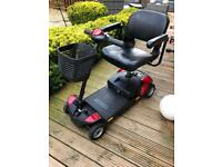 GoGo Elite Traveller LX 4mph Mobility scooter with cover!