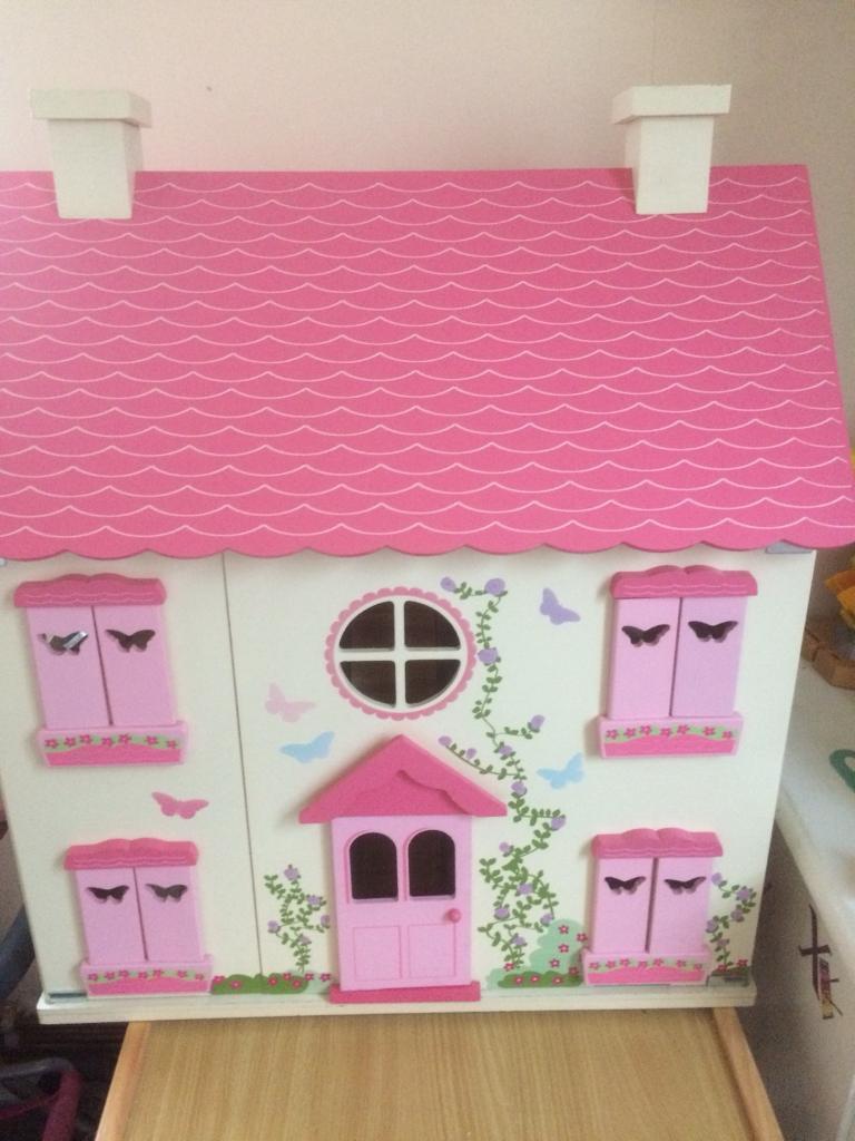 Nice dolls house