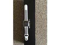 Apple Watch series 3 gps & cellular