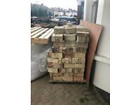 Reclaimed yellow bricks for sale