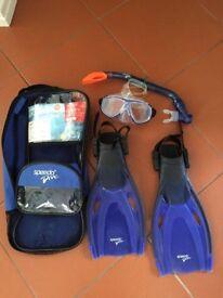 Speedo child size snorkeling set. Size 9-13