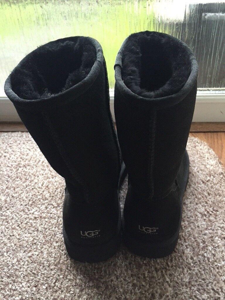 Genuine Ugg Classic Short size 7 & half U.K. Size