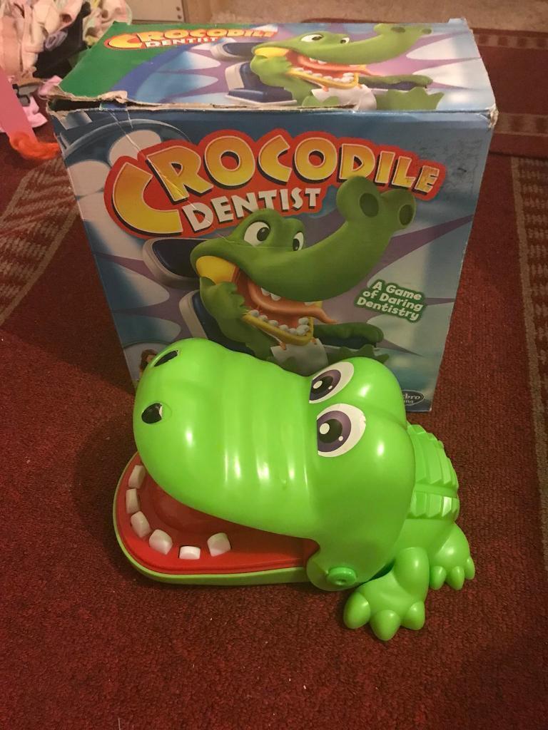 Crocodile dentist boxed