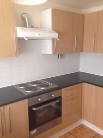 Moston M9: 3 Newly Redecorated Rooms to Rent