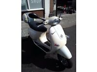 Vespa ET 4 125cc Never dropped 6300 miles