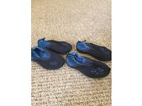 boys size 6 and 7 water shoes