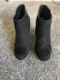Black Roberto Vianni Boots