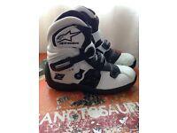 Alpine stars motorcross boots