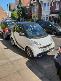 2013 Smart Car - White and Black, Great Condition, Full Service History, Low Mileage