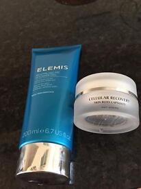 Elemis 200ml shower gel plus skin bliss capsules .