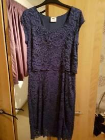 Mamalicious feeding blue lace dress size L