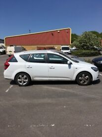 Kia Ceed Estate 2011, 6-gear manual diesel