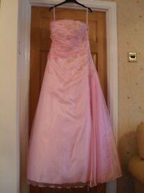 Beautiful Pink Prom Dress size 14