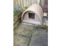 Cat outdoor igloo