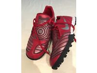 Size 6 Astro turf boots, used once, Nike brand