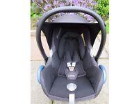 Maxicosi car seat with cosi toes