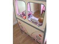 Girls De Van VW Pink Campervan Bed
