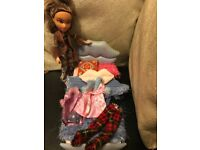 Bratz doll with bed !
